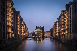 Хамбург: световен морски център, пробуждащ копнеж по далечни пътувания