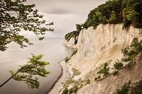 Национален парк Ясмунд – величествено крайбрежие от варовикови скали