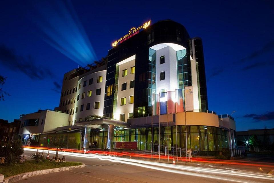 Нова година 2022 в В DIPLOMAT PLAZA HOTEL & RESORT ****