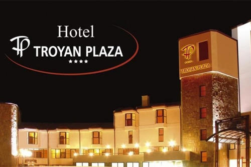 8-ми март в хотел Троян Плаза 4*, Полупансион