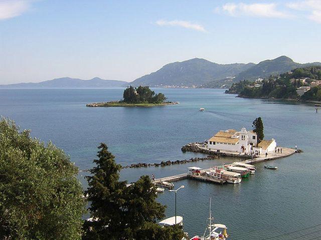 Почивка на остров Корфу през септември - полет от София и Варна!