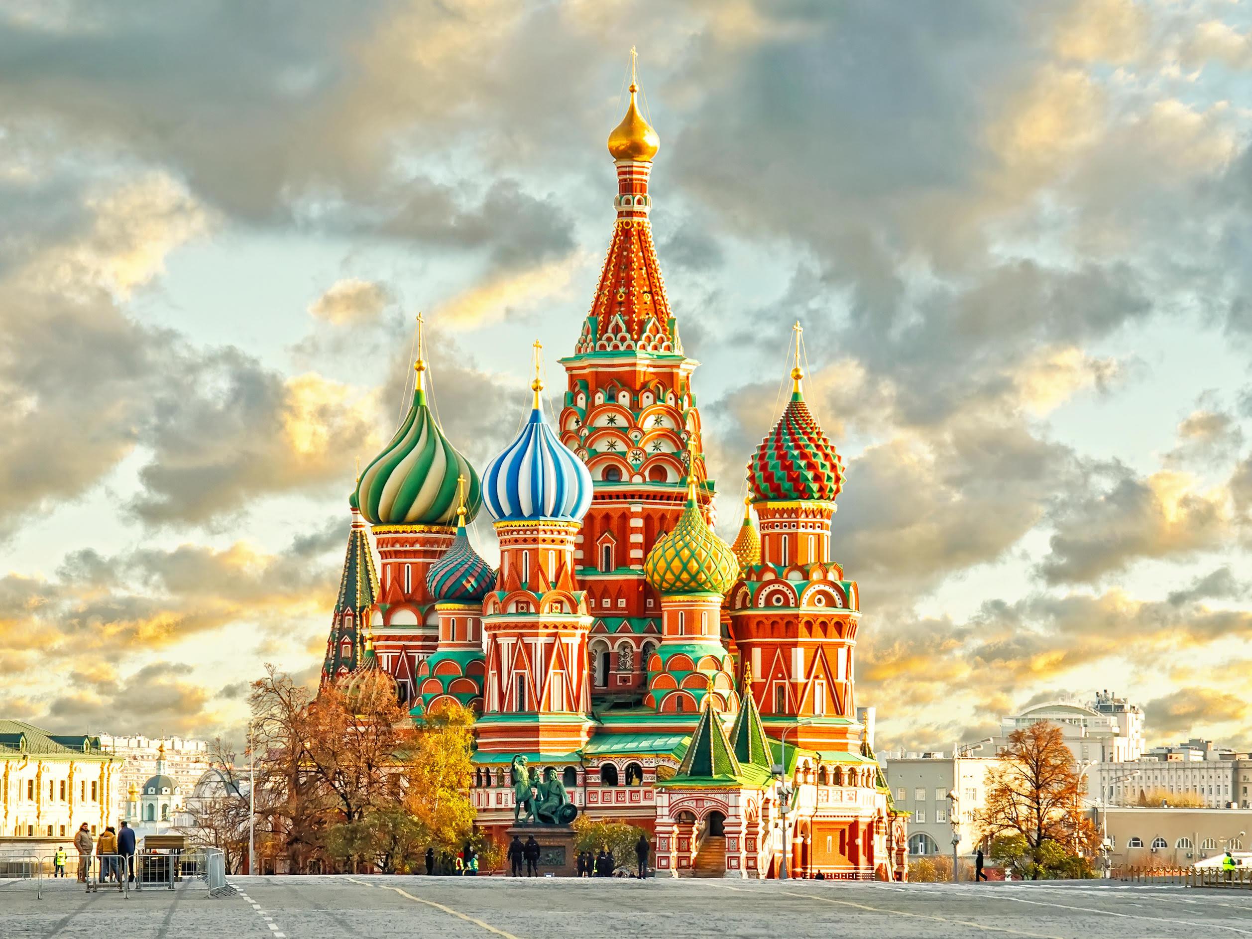 Санкт Петербург и Москва в сезона на Белите нощи - полет от София