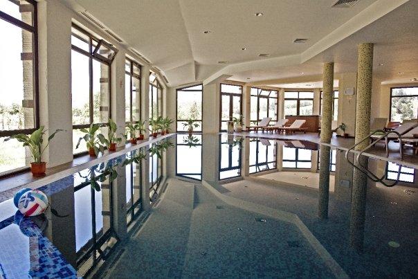 Есен в планината – Спа хотел Орбел 4*, Добринище – полупансион