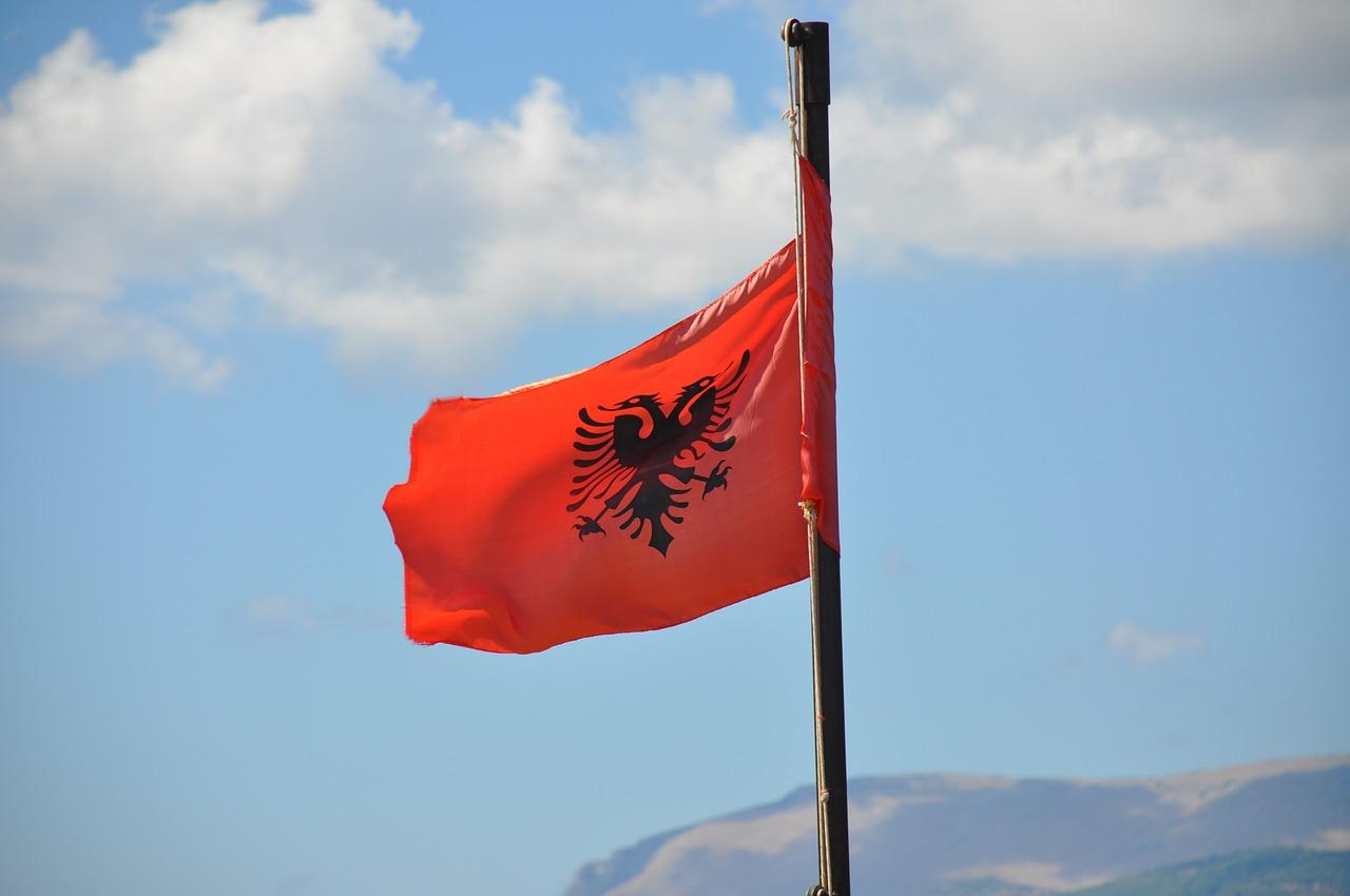 На море в Адриатическа Албания Директен Полет