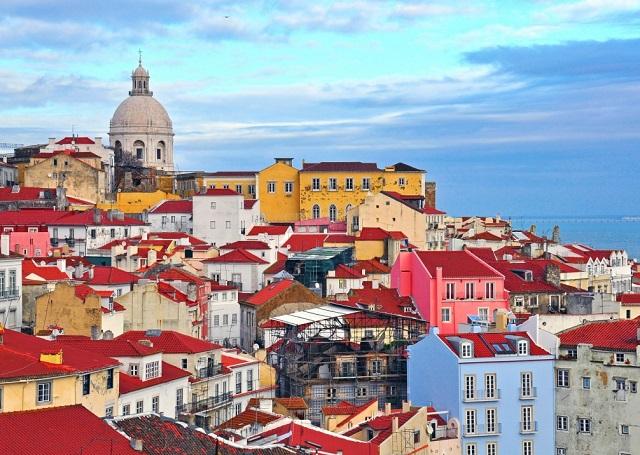 Почивка в Португалия - Лисабон и Коща да Капарика - самолет