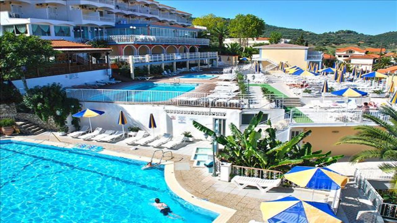 Commodore Hotel - Почивка на о-в Закинтос