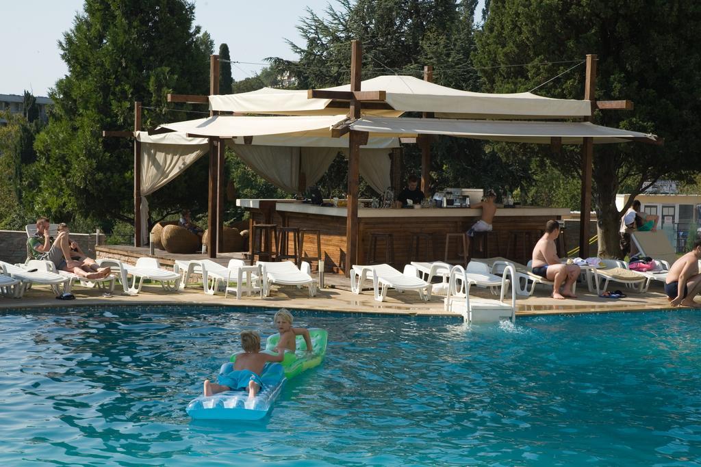 20% ранни записвания в хотел Детелина 3*, Чайка, Златни пясъци