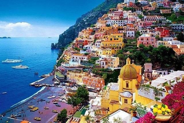 Септемврийски празници на о-в Капри, Италия - директен полет