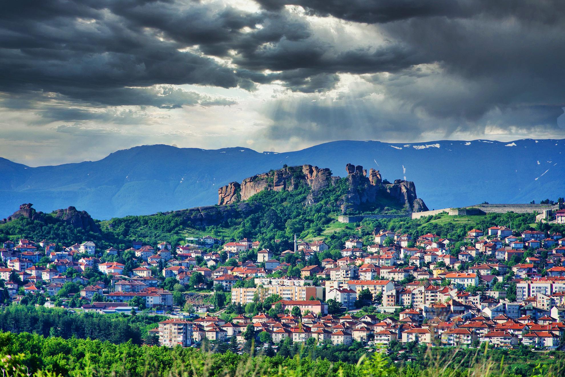 Новото чудо на света - Белоградчишките скали с 1 нощувка