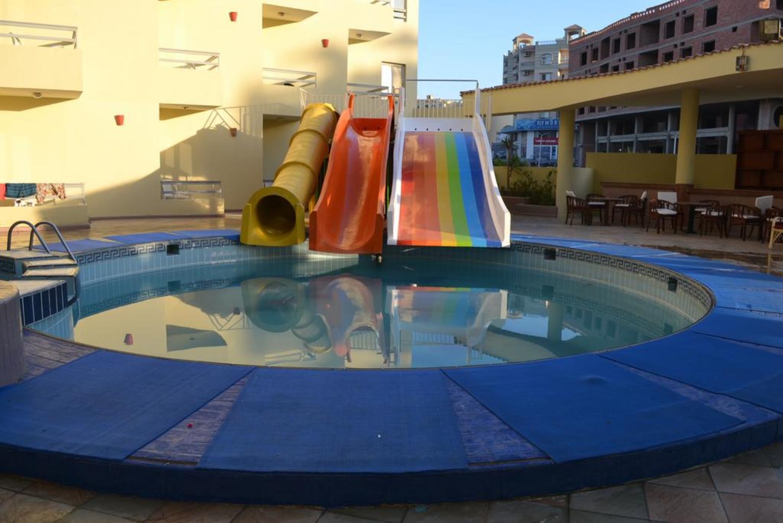 Почивка в Хургада, хотел Roma Host Way Hotel 4*