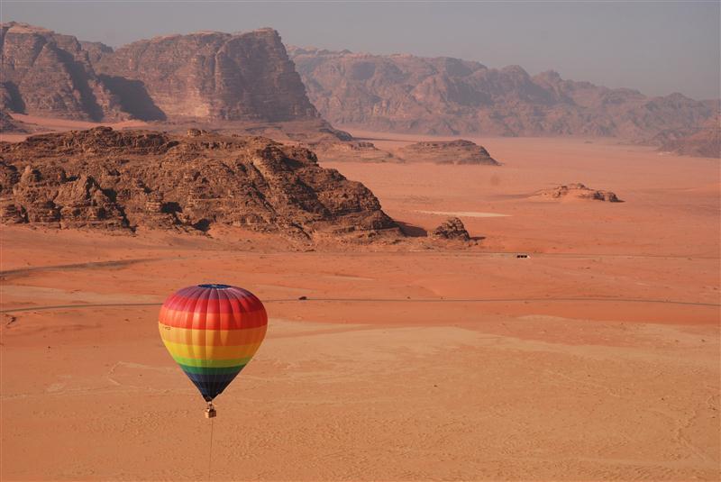 Йордания с чартър от София или Варна + нощувка в пустинята