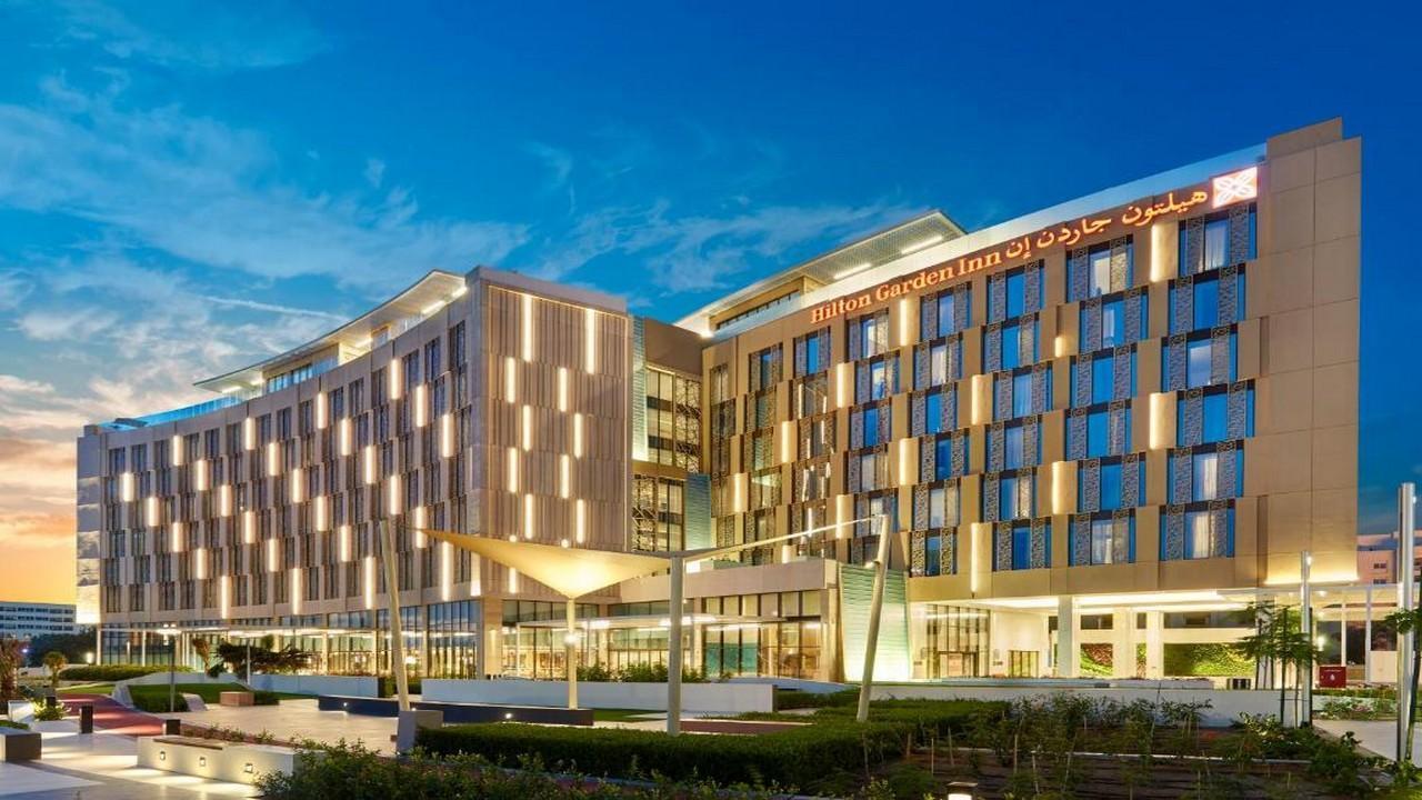 Hotel Hilton Garden Inn - Оман – истинска арабска приказка