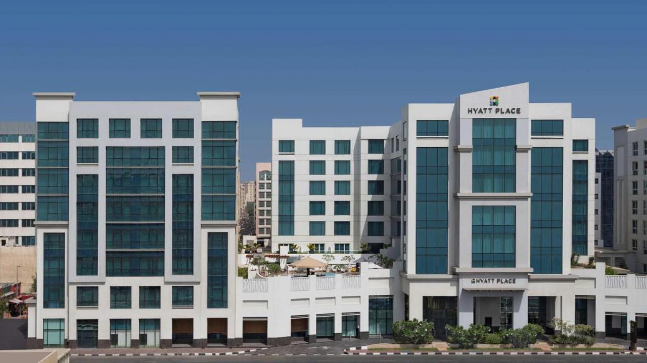 Hyatt Place Dubai Al Rigga - Великден и Майски празници в Дубай