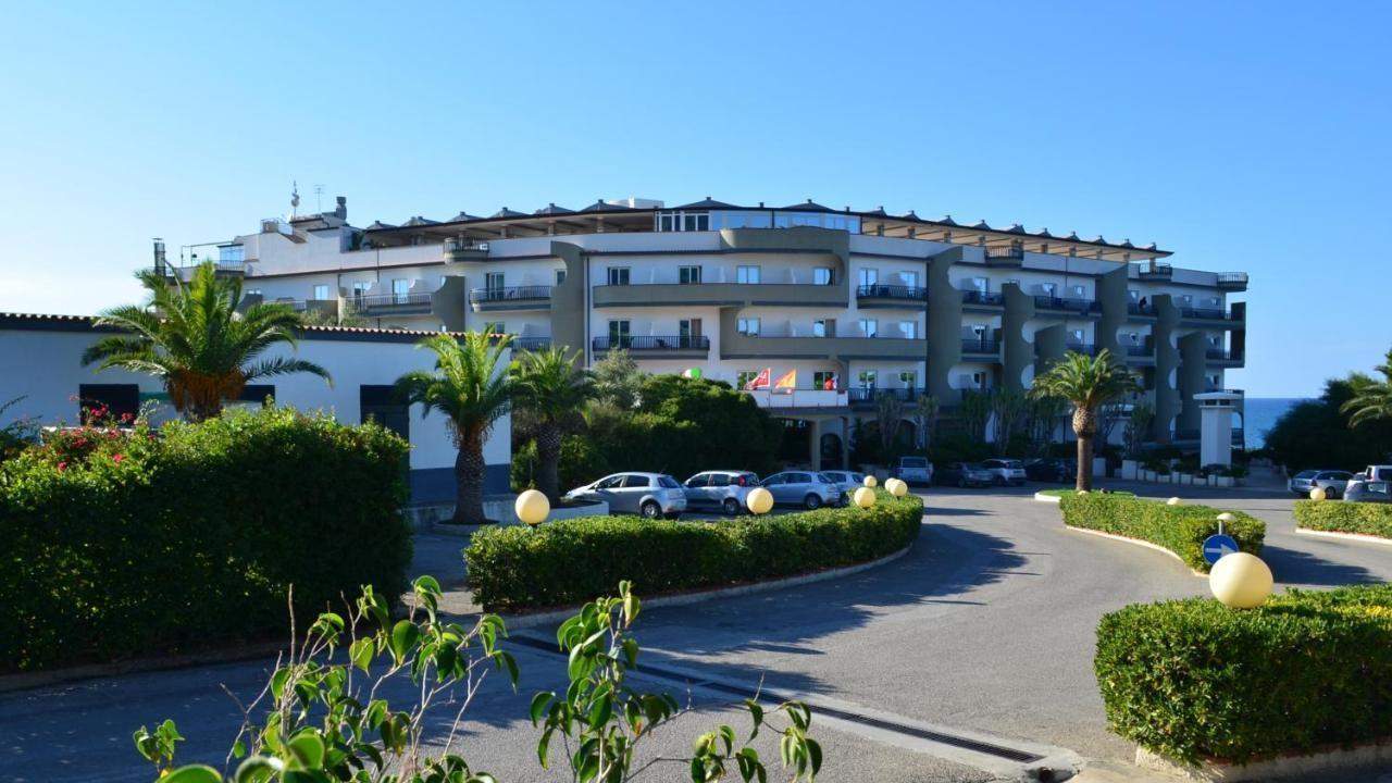 Carlton Riviera - Почивка в Чефалу, Сицилия - полет от София