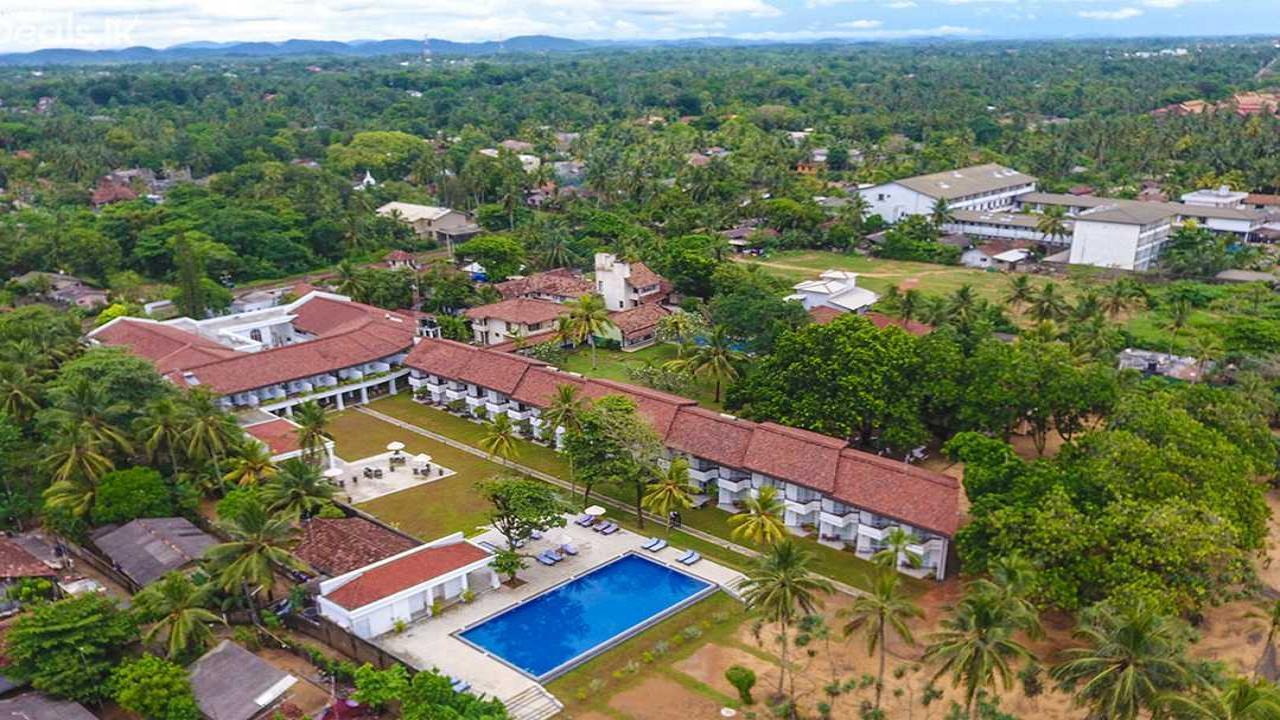 Hibiscus Beach Hotel - Луксозна почивка в Шри Ланка с полет от София