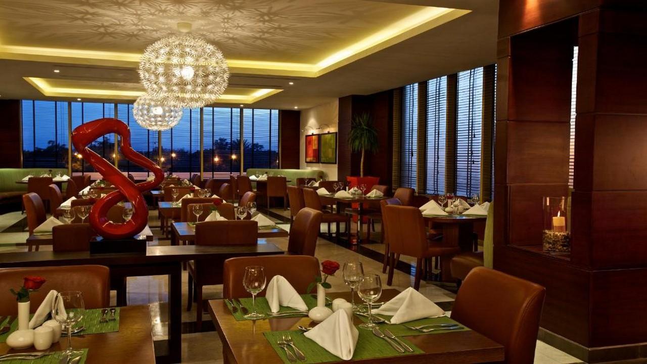 DoubleTree by Hilton Hotel Aqaba 5* - ЙОРДАНИЯ - ПЛАЖ и ВЪЛНУВАЩИ ЕКСКУРЗИИ с чартър от София