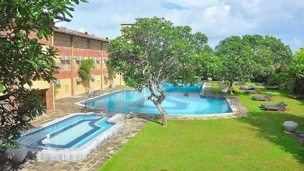The Long Beach Resort & SPA 3+* - Луксозна почивка в Шри Ланка с полет от Варна