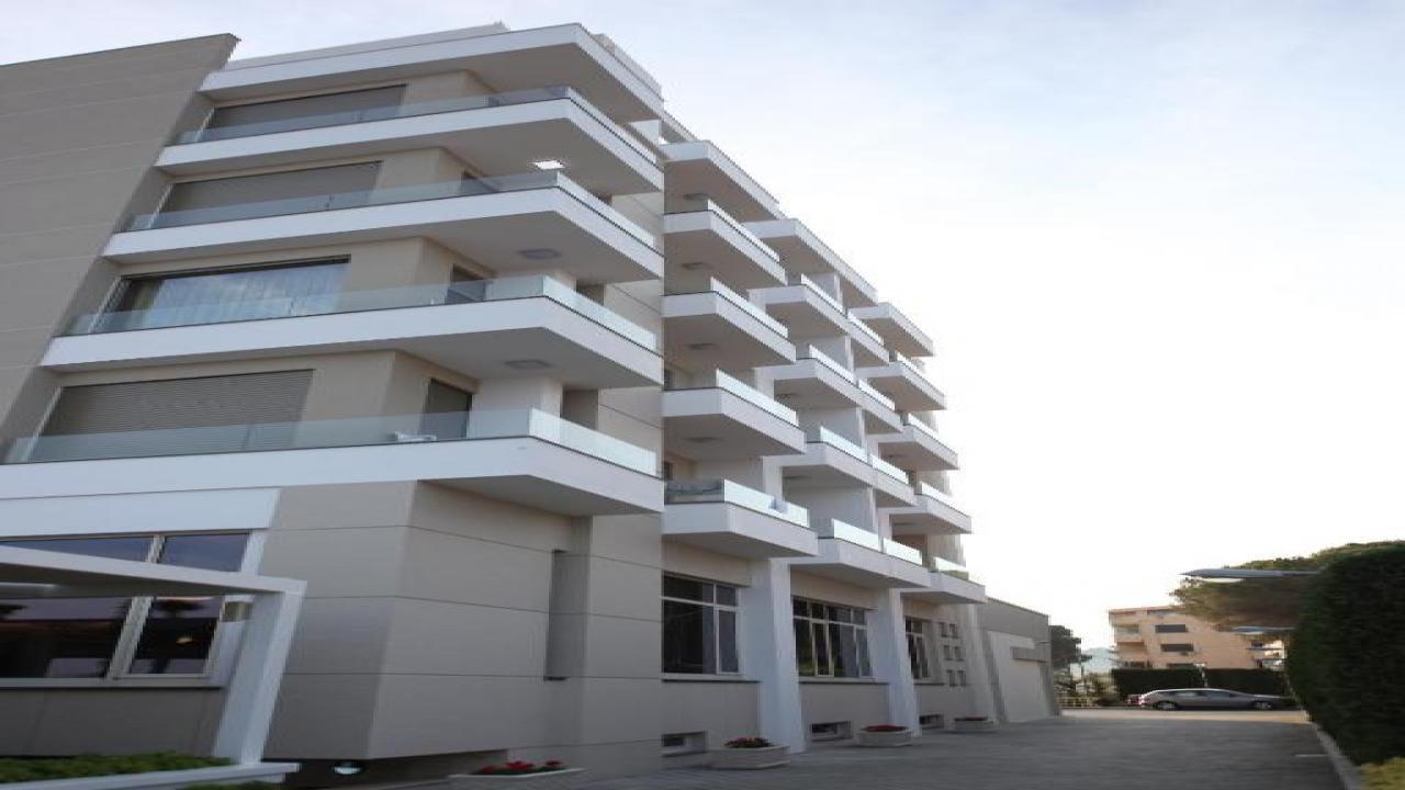 GRINT HOTEL - На море в Албания