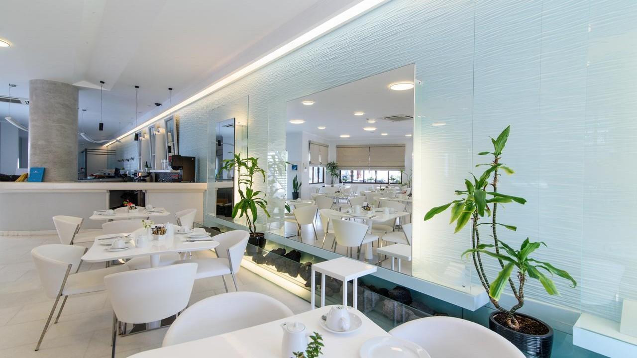 La Mer Deluxe Hotel & Spa 5* - Почивка в Санторини