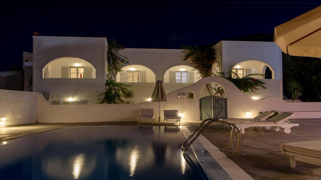 Atlas Boutique Hotel 3* - Почивка в Санторини