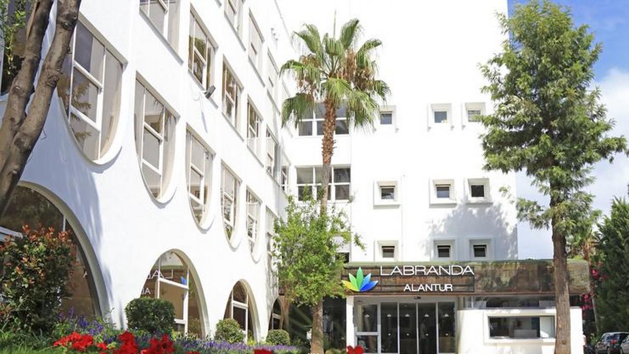 Labranda Alantur Resort 5* - Почивка в Анталия  с чартър от София 2021 г.