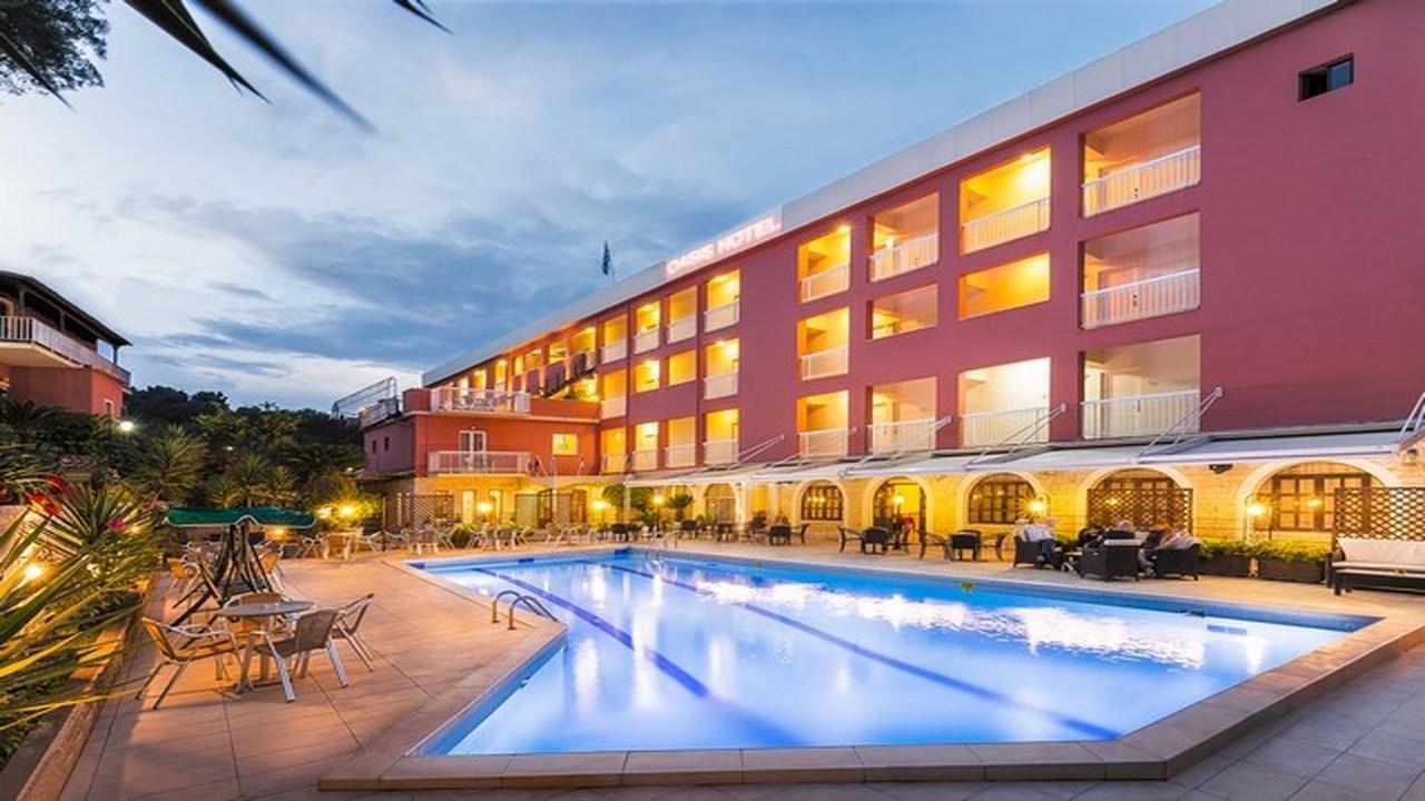 Oasis Hotel - Почивка на о-в Корфу