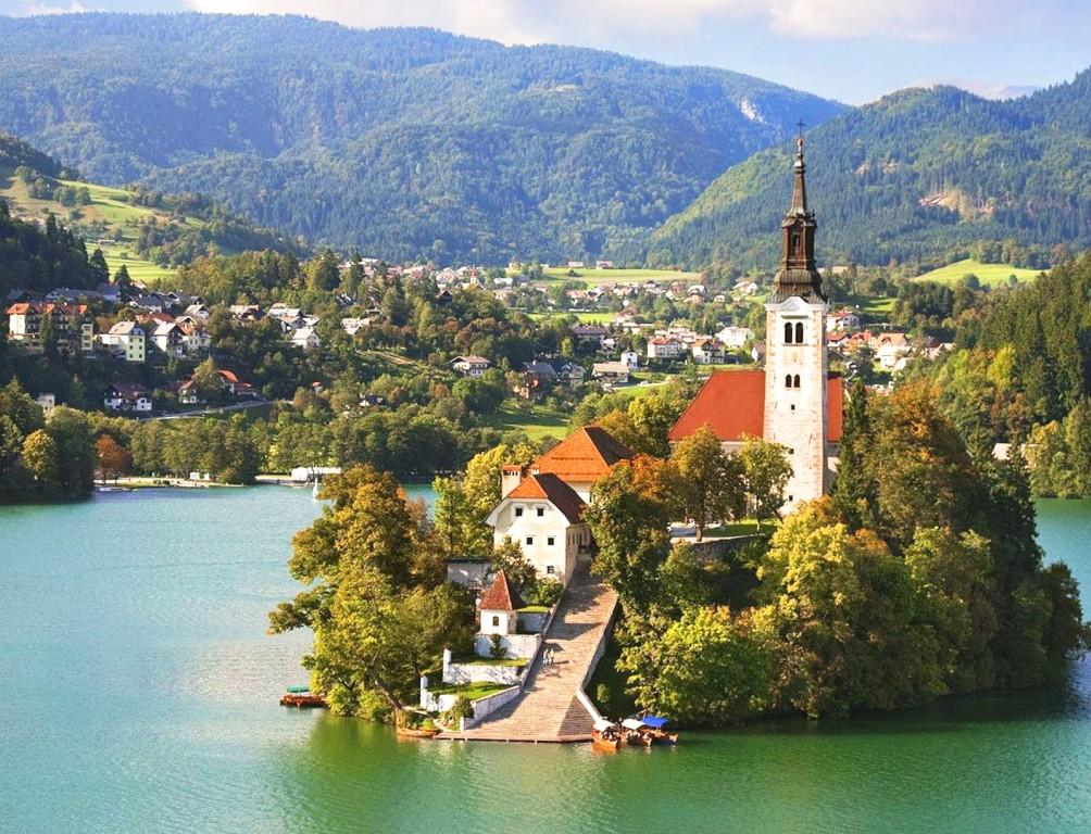 Баварска романтика - Езера и замъци - автобус!