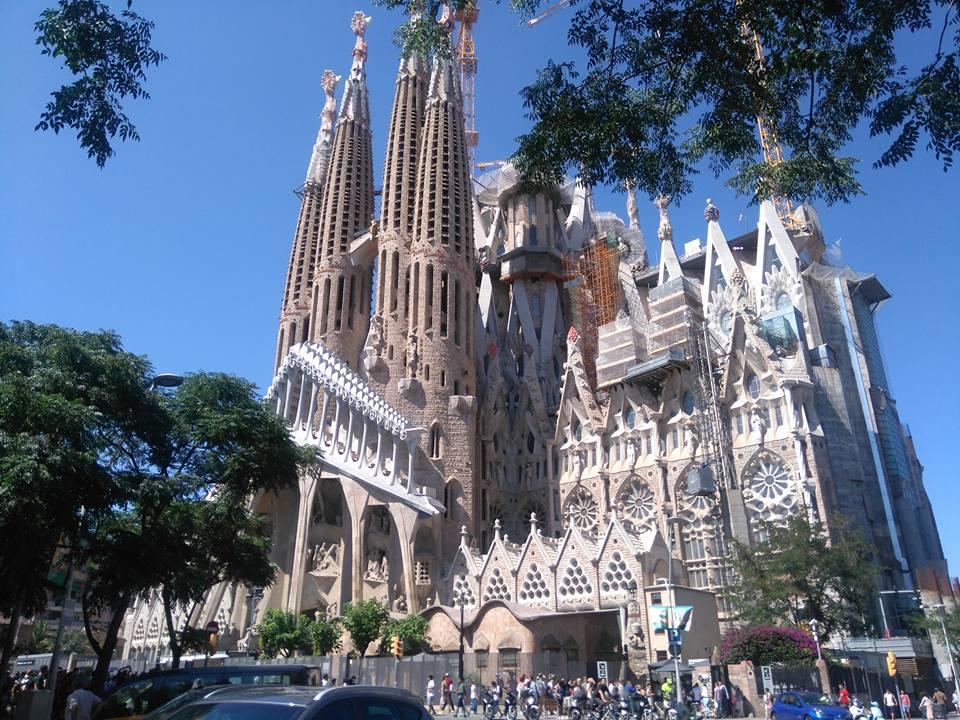 Екскурзия до Барселона със самолет 4 нощувки