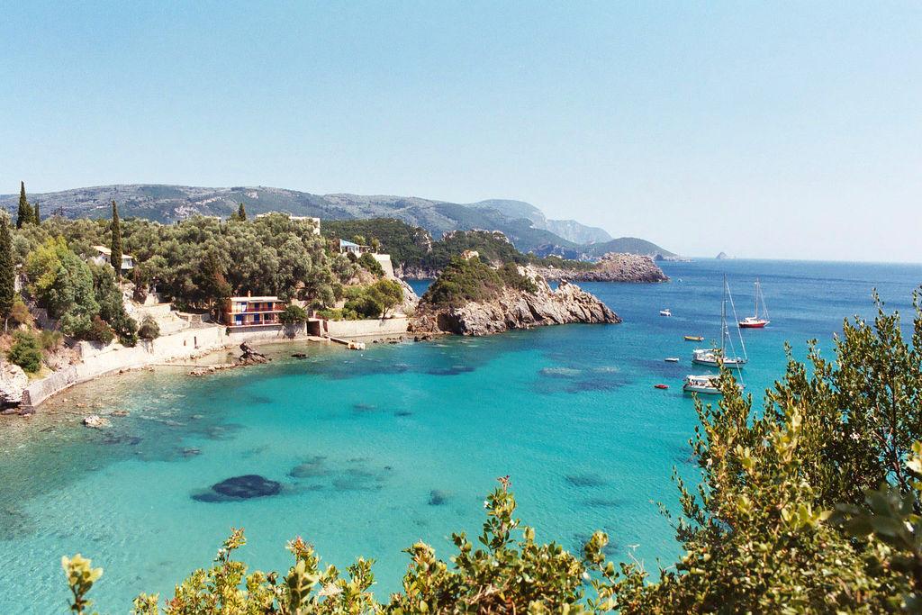 Почивка на остров Корфу с автобус - 9 дни/7 нощувки