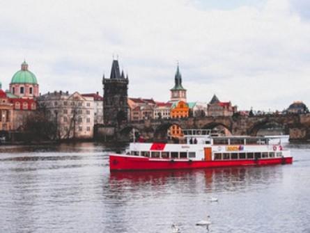 Летен уикенд в Прага с директен полет от Варна