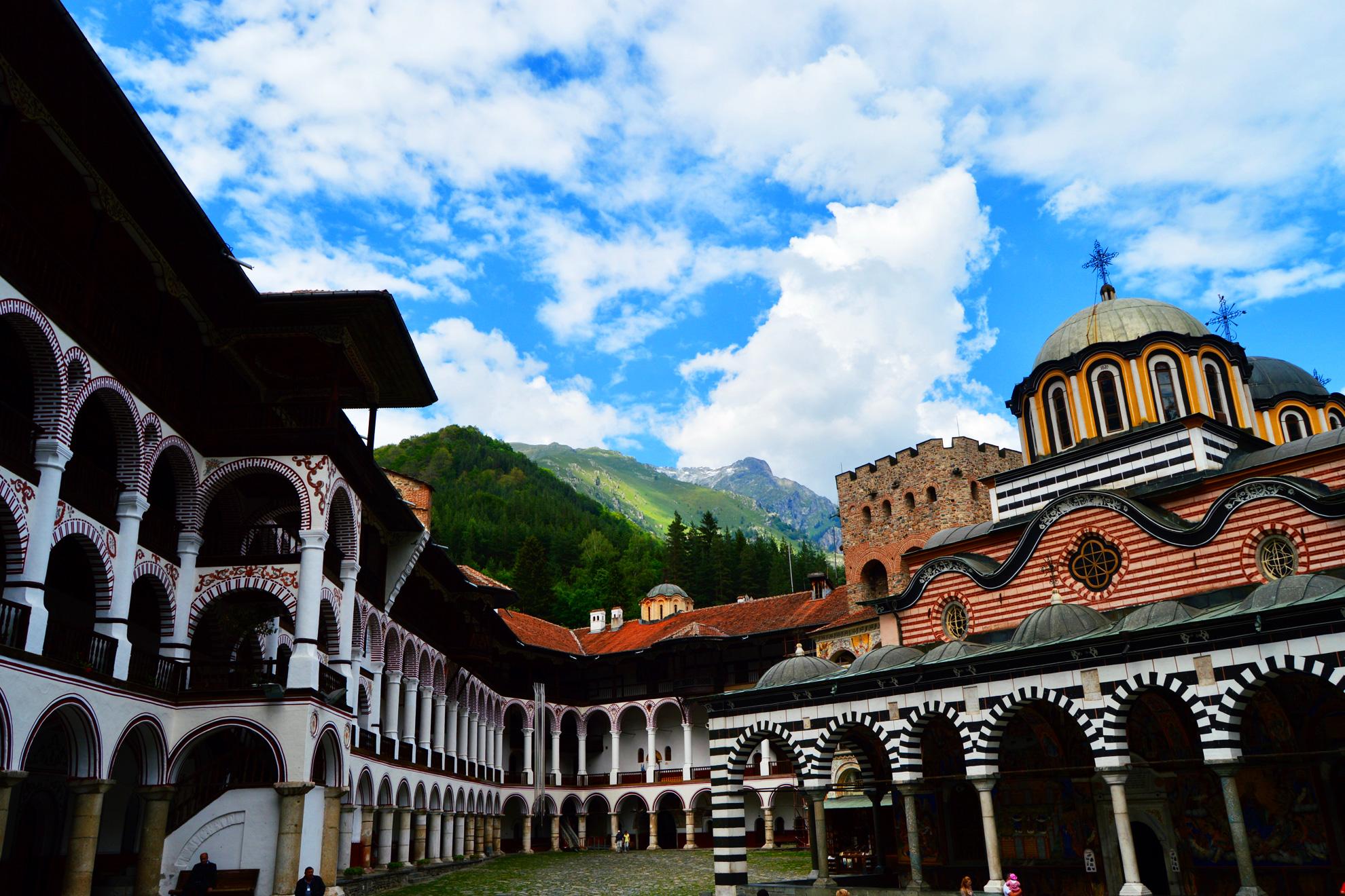 Рилски манастир, Роженски манастир, Мелник и Рупите