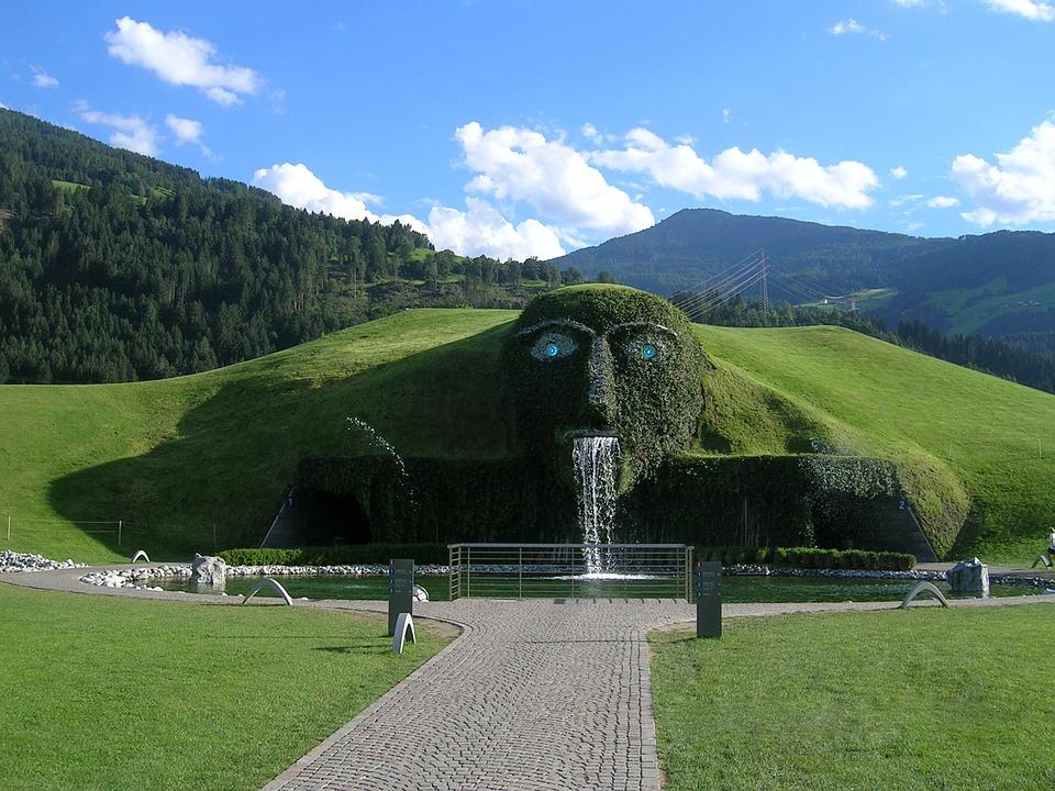 Италия и Баварски замъци + пещерата Сваровски: самолет - Обиколен тур 2020
