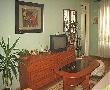 Самостоятелен двустаен апартамент за нощувки  в център Варна