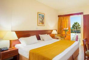 Нова година 2017 - КИПЪР - 8 дни - Kapetanios Limassol Hotel 3*