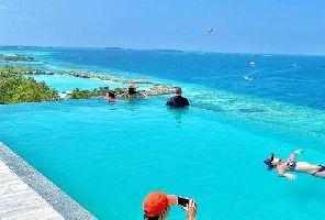 Екзотична Нова Година на Малдивите с настаняване в хотел KAANI PALM BEACH 4*