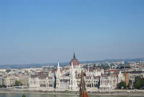 БУДАПЕЩА - самолет - 4 дни:  Без водач от България!