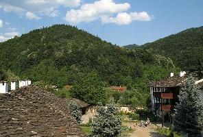 Троянски манастир и Орешака - еднодневна екскурзия с автобус!