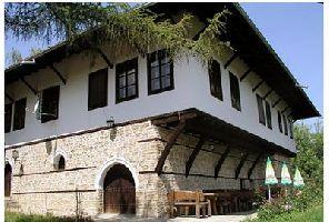 Еднодневна екскурзия Хотнишки водопад - Преображенски манастир - Арбанаси