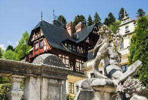 """Манастирите в Южна Буковина – """"стълба към рая"""""""