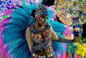 ЦВЕТОВЕТЕ НА БРАЗИЛИЯ – Карнавални страсти, водопадни дъги и морскосини мечти