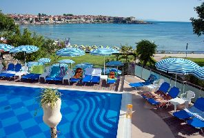 Почивка в Созопол - хотел Вила Лист 4*