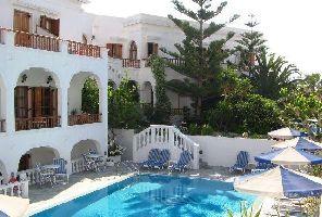 Остров Санторини 2020: почивка със самолет - 5 нощувки: Armonia hotel 3*, Камари
