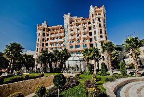 До 35% отстъпка на полупансион в хотел Роял Касъл 5* - Елените
