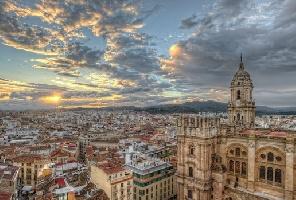Нова година в Испания - Малага - включена Празнична вечеря!