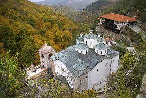 Осоговски Манастир и Крива Паланка - еднодневна екскурзия с автобус!