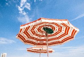 На море в Поморие през април, май и юни - Супер цени  в хотел Зевс!