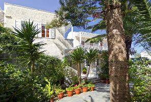 Dolphin Apartments 3* - Почивки на Санторини, Гърция 2021 г.
