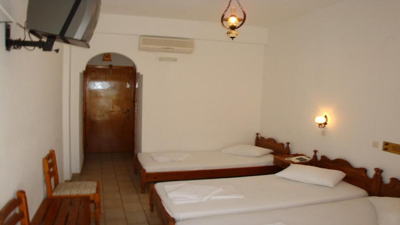 Armonia hotel 3* - Почивка в Санторини