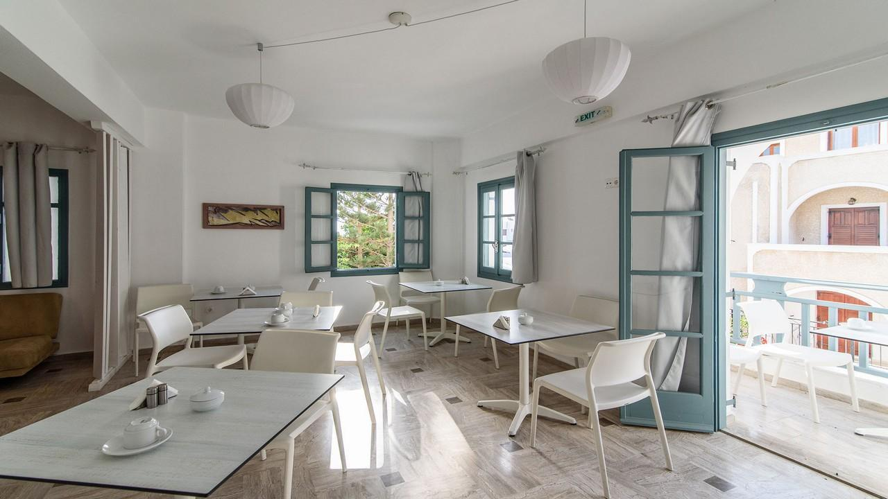 Iris Boutique Hotel 3* - Почивка в Санторини