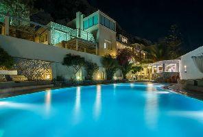Почивка в Санторини 2020: самолет, 5 нощувки в Antinea Suites Hotel & Spa 4*